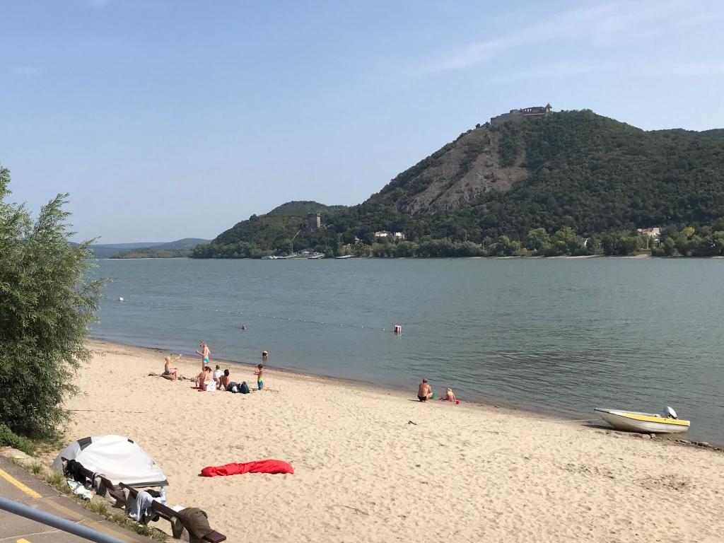 Nagymaros beach