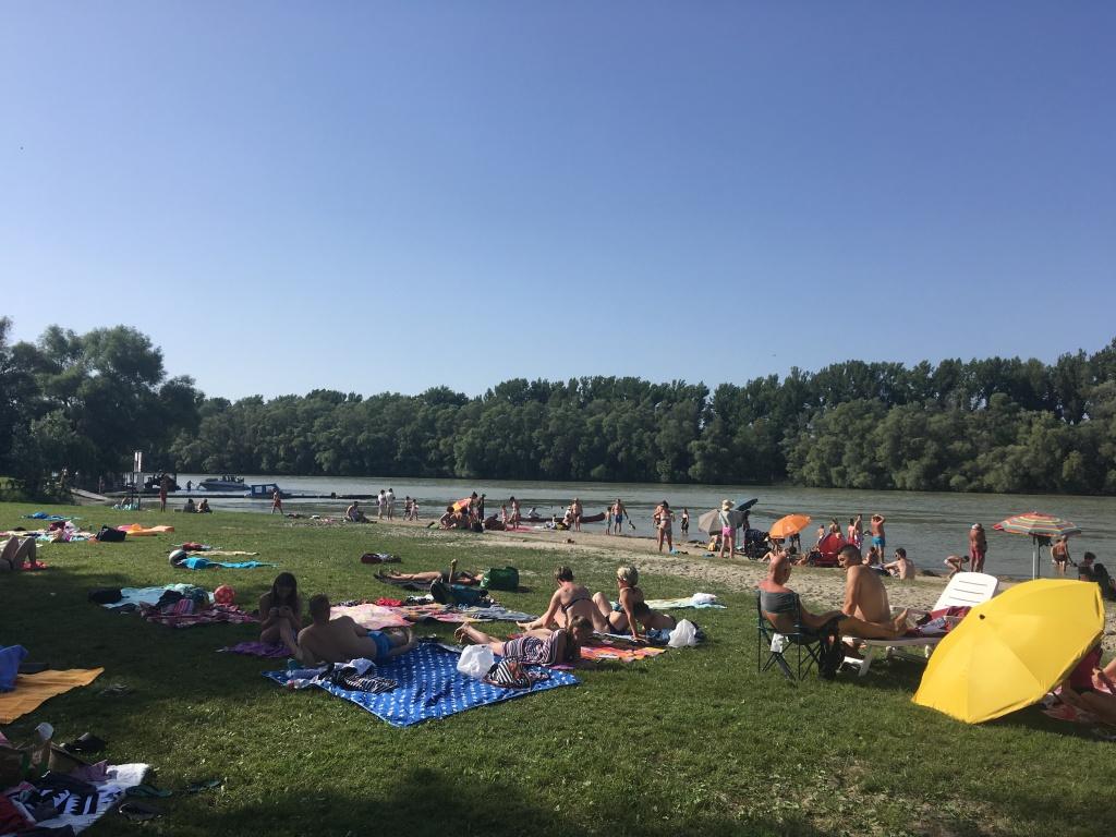 Dunabogdany beach