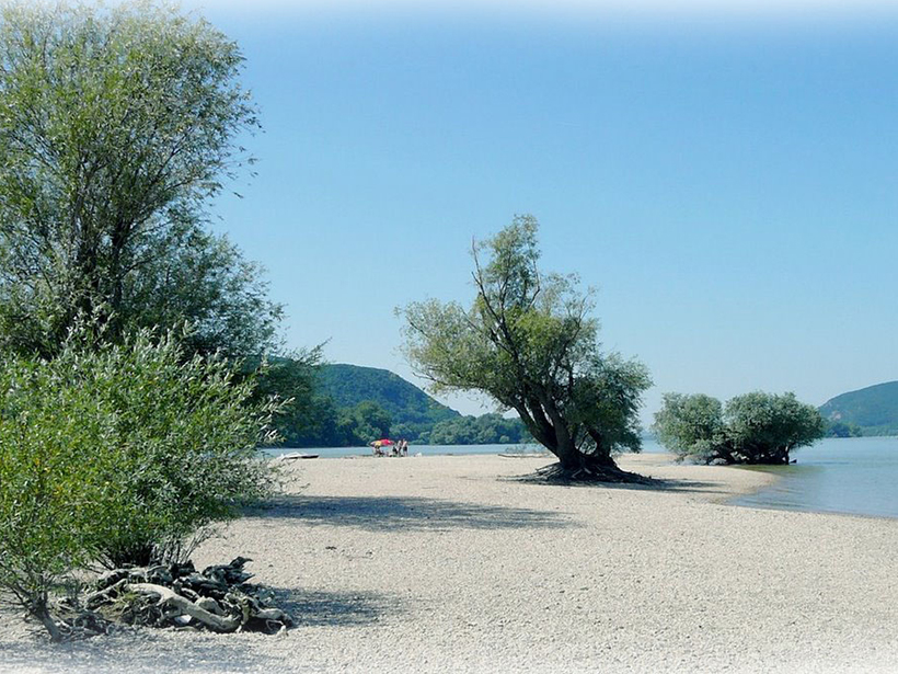 Helemba island